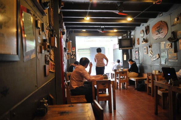 Ride Cafe 283 29 300x199 Ride Cafe