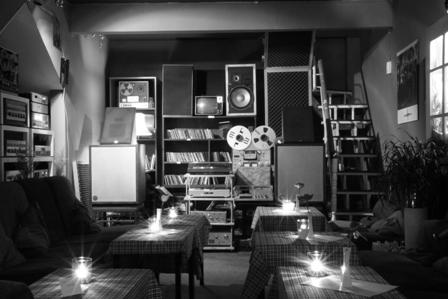Chu C3 B4ng Gi C3 B3 Cafe 9 1 300x200 Chuông Gió   Chốn Bình Yên