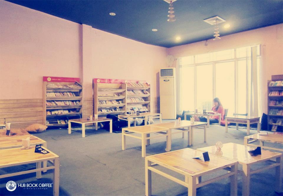 Hub Book Cafe - Ghiền Cà Phê