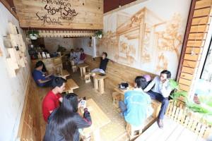 Cafe D E1 BA A1o 10  300x200 Dạo Café