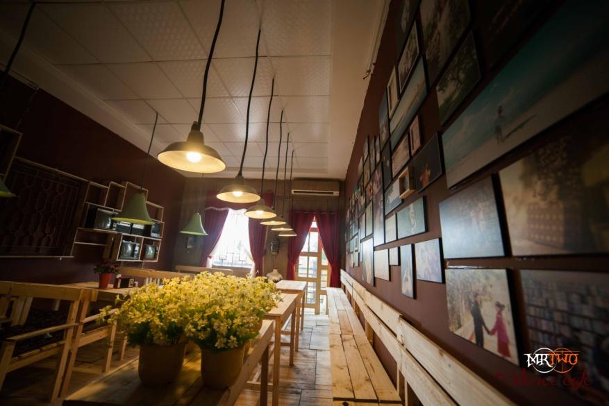 Silence Cafe 5  300x200 Silence Cafe