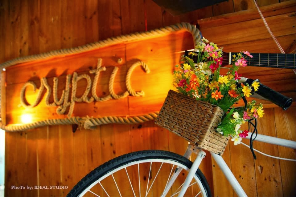 Cryptic Acoustic Cafe 4  300x200 Cryptic Acoustic Cafe