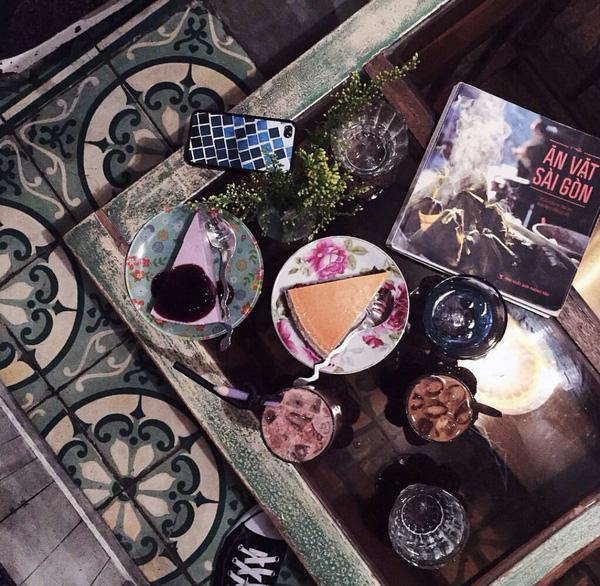 9 quán cafe nền gạch hoa cực nghệ ở Sài Gòn mà bạn nên ghé qua... chụp hình - Ảnh 2.