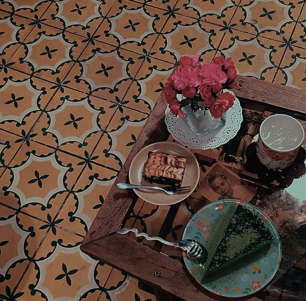 9 quán cafe nền gạch hoa cực nghệ ở Sài Gòn mà bạn nên ghé qua... chụp hình - Ảnh 3.