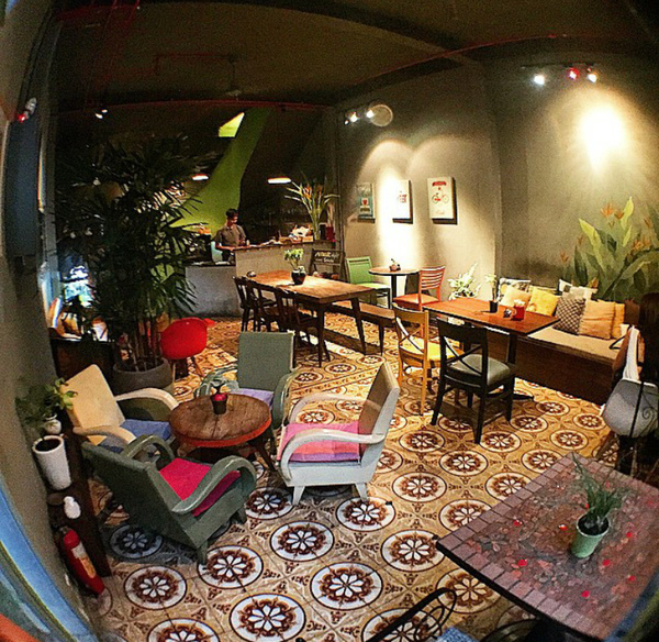 9 quán cafe nền gạch hoa cực nghệ ở Sài Gòn mà bạn nên ghé qua... chụp hình - Ảnh 16.